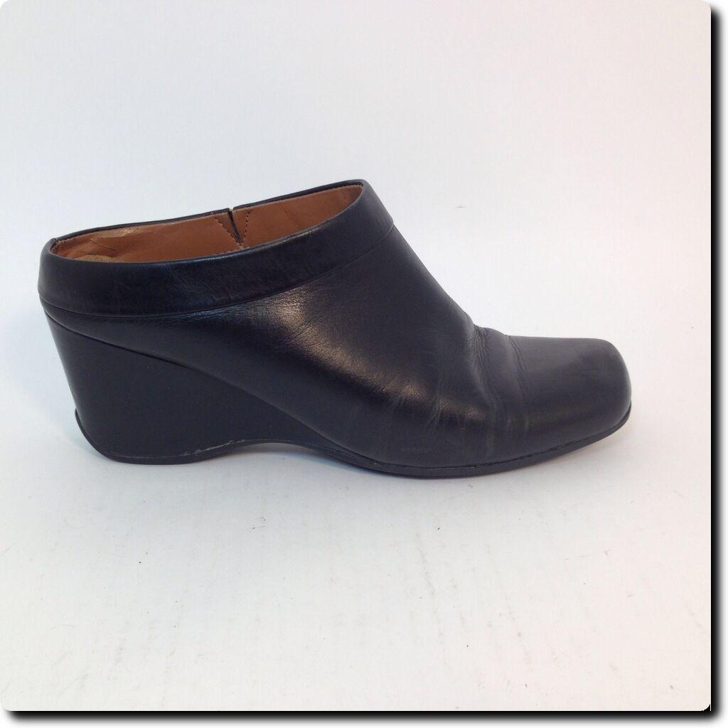 Closeout Black - Rockport Black Closeout Slip on Shoe 6.5 0a1e54