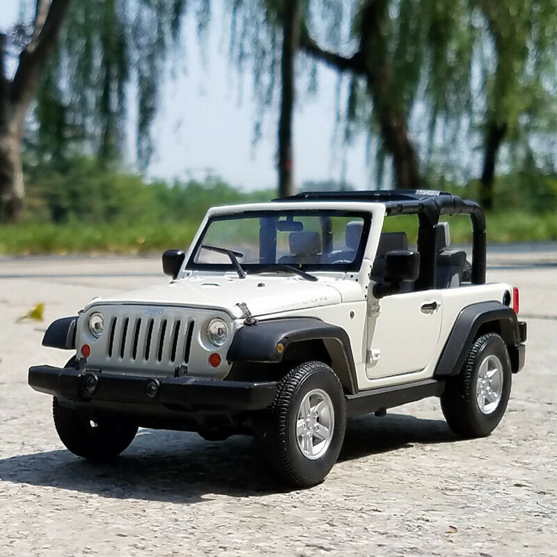 Chevrolet Jeep Rubicon Model Cars Toys 1 24 Collection&Gifts White Alloy Diecast