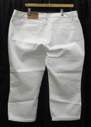 Coldwater Creek Women/'s White Natural Fit Cropped Leg ~ Only Size 22 Left!!!