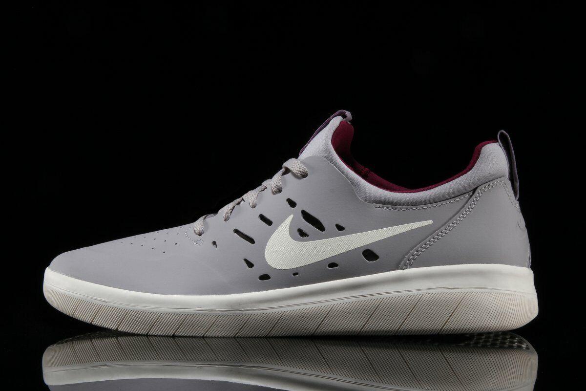 Nike SB Nyjah gratuito Atmosphere grigio   Pale Ivory - True Berry AA4272 004 Sautope classeiche da uomo