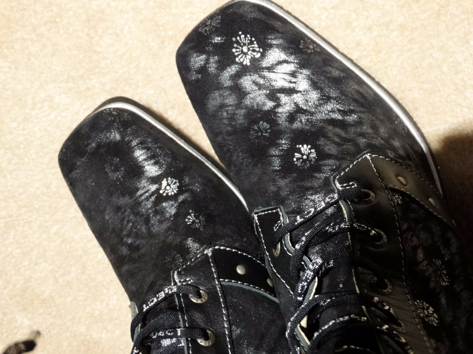 STUNNING STUNNING STUNNING EMBOSSED LEATHER BOOTS FROM EJECT 38 fdc7d3