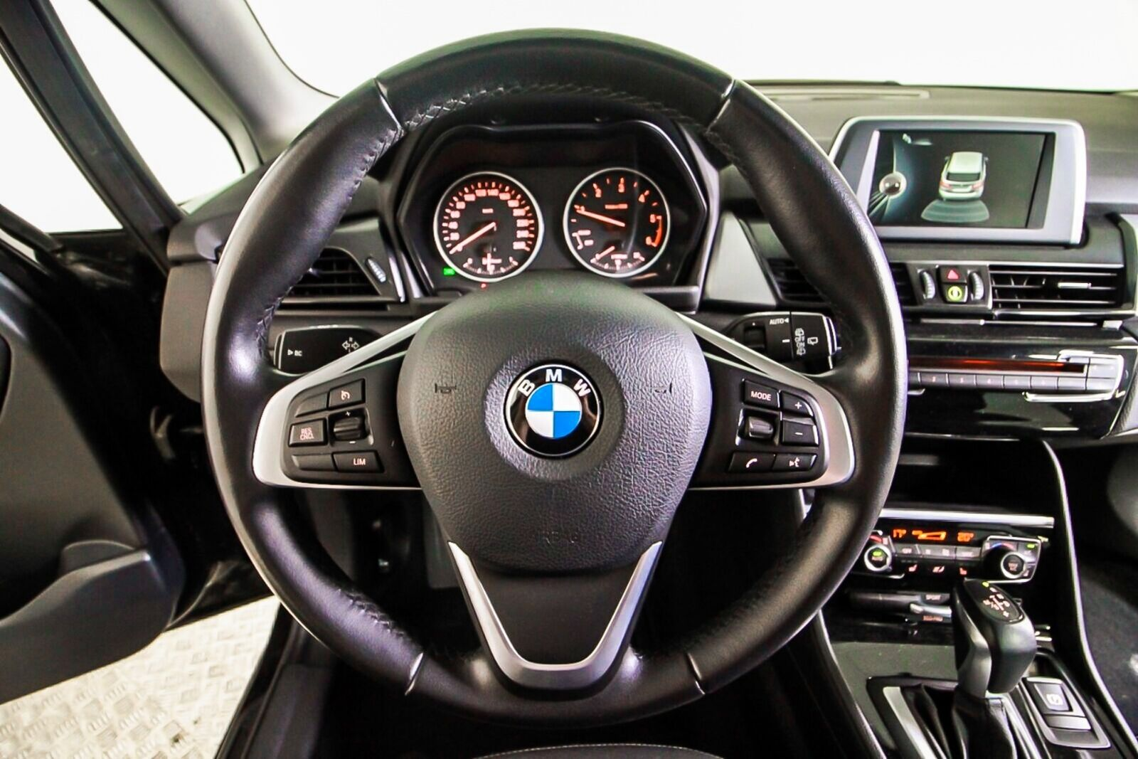 BMW 218d 2016