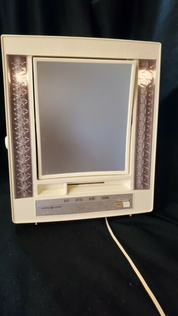 Vintage GE Lighted Makeup Mirror 1970s Magnifying 4 Settings B21m