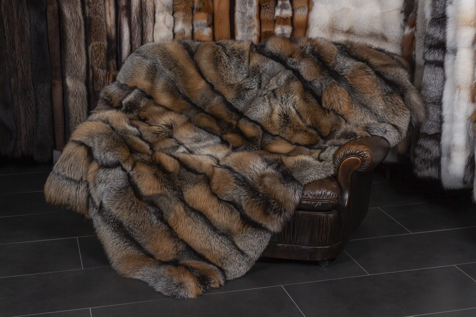 4575 golden Cross Fox Fur Blanket - Dark Type Genuine Fur Throw Real Fur Quilt