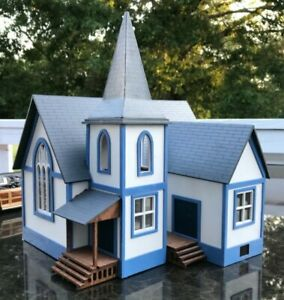 HO-SCALE-COUNTRY-CHURCH-CRAFTSMAN-WOOD-KIT-BEAUTIFUL