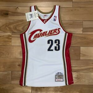 962454b8d446 100% Authentic Lebron James Mitchell Ness 03 04 Home Cavs Jersey Sz ...