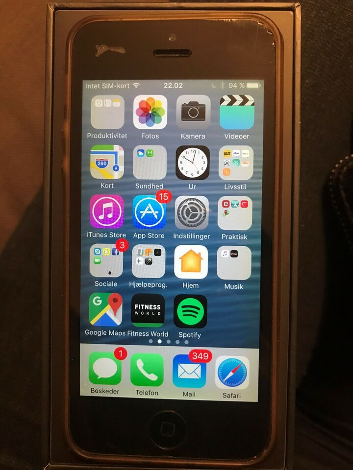 iPhone 5, 16 GB, sort