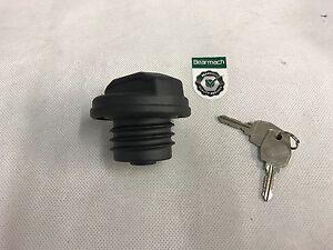 Bearmach-Land-Rover-Defender-TD5-98-Onwards-Locking-Fuel-Filler-Cap