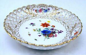 MEISSEN-RUNDE-SCHALE-ROUND-BOWL-FLOWERS-BLUMENBUKETT-STREUBLUMEN-UM-1880-C