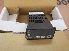 Schneider PID Regulador de Temperatura 48 X 24 (1/32 DIN) de salida de 1 S1 7243914