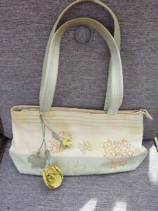 radley vert ᄄᄂ avec jaune ᄄᆭtiquettes Grand bandouliᄄᄄre beige ᄄᄂ fleurs en et cuir sac wPnkO0