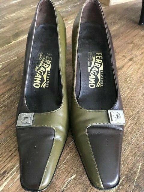 Salvatore Ferragamo Green Brown Sz 7B Leather shoes  Pretty