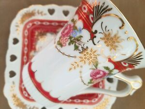 Royal-Scotland-Hand-Painted-Gold-rimmed-Set-of-4-red-Tea-Cups-amp-3-square-Saucers