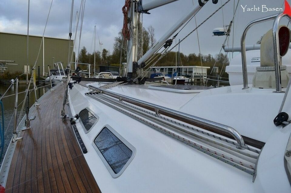 Sweden Yacht 42, årg. 2004, skrogmateriale glasfiber