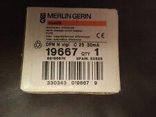 MERLIN GERIN Multi 9 19667 dpn n C25 30mA Tierra Interruptor de circuito de fuga
