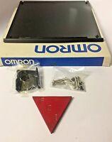 Omron 3g2c7-pat02 C20 Sensor Mounting Bracket In The Box