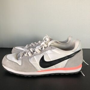 NIKE-WOMEN-039-S-GENICCO-TRAINER-SHOES-SIZE-8-5-Pink-White-Gray-644451-101