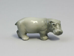 9942118-ds-Porcelain-Figurine-Hippo-Hippo-Wagner-amp-Apel-8x3-5cm