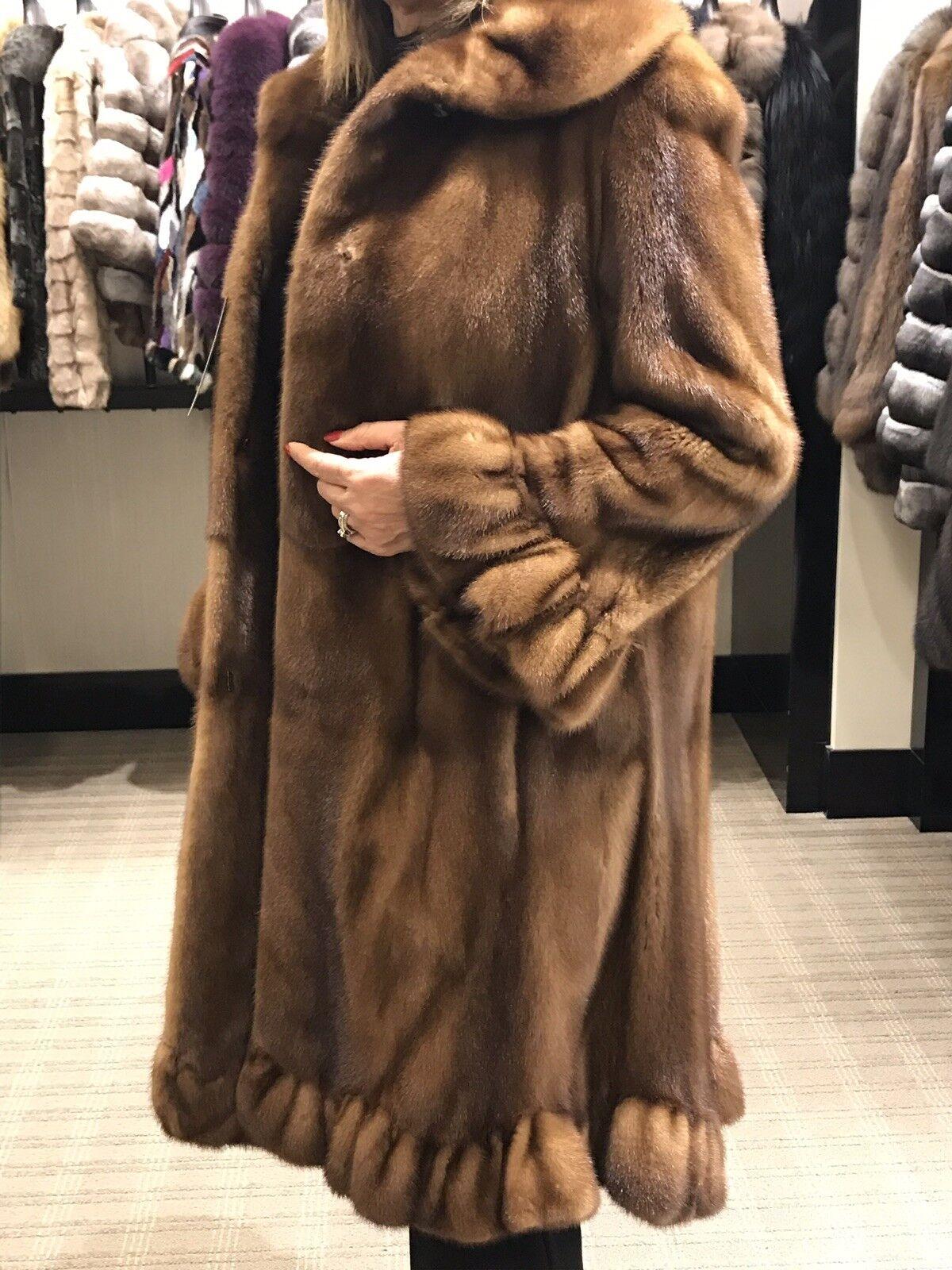GORGEOUS women's Mink Coat size 6