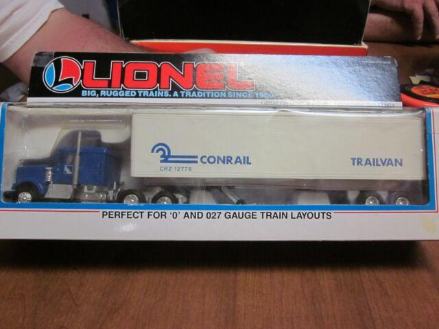 15ec28f86f3 Lionel Trains Tractor and Trailer 12779 Lionelville Grain Co Semi Hauler