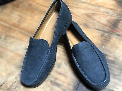 NWOT Clarks Artisan Navy Blue Leather