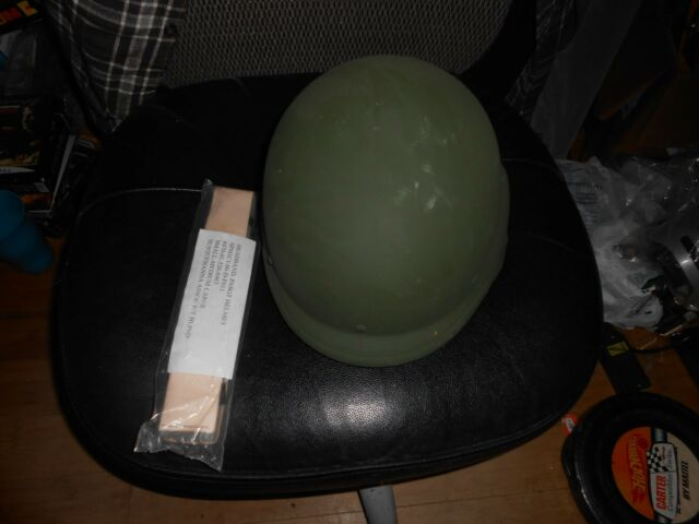 US Military PASGT Medium Protective Helmet in Good Condition with new band