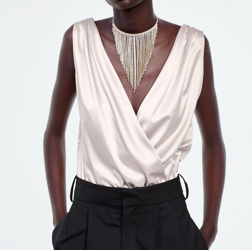 Zara Pearl Gray Satin Col V Combinaison Taille M