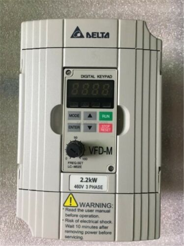 1Pcs Delta Converter VFD022M43B 2.2KW 380V New zt