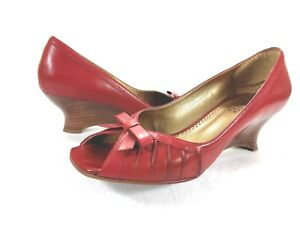 Franco-Sarto-Women-039-s-Red-Open-Toe-Wedge-Heel-with-Bow-Accent-Size-7M