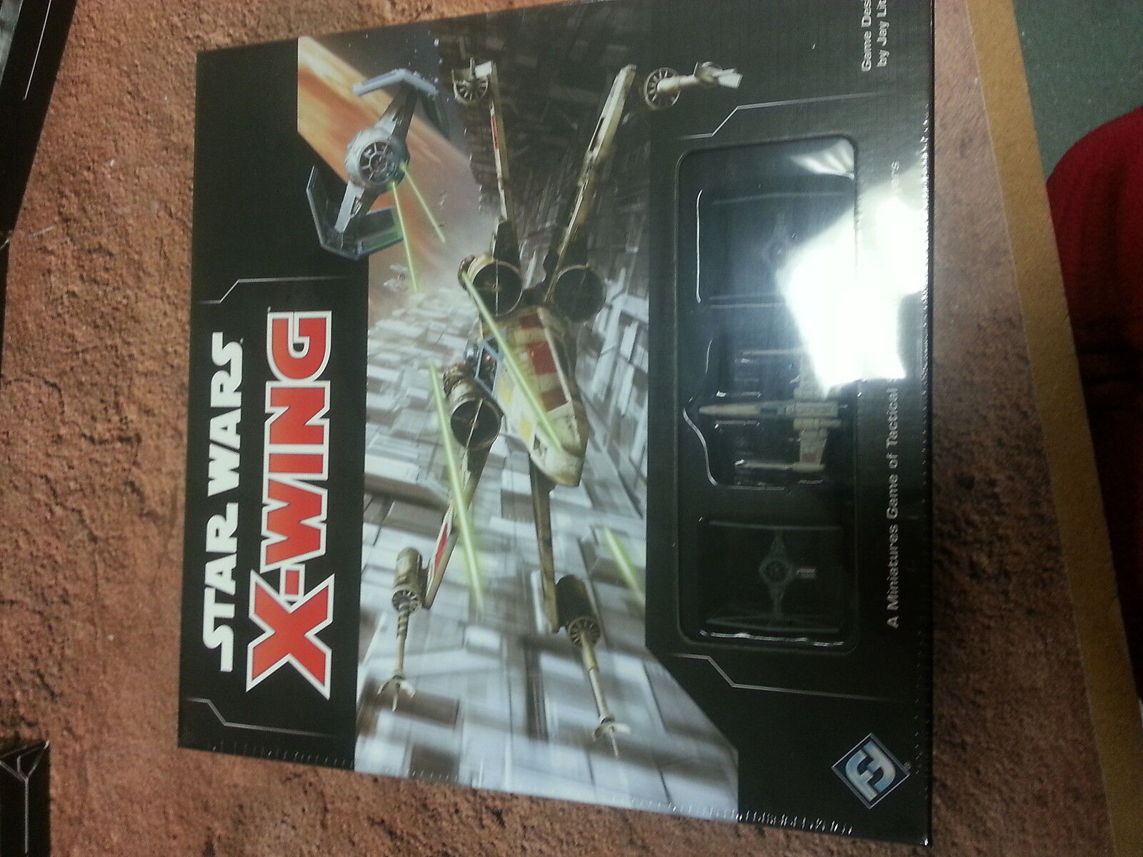 STAR WARS X-WING 2ND EDITION STARTER   CORE SET - NEW AND SEALED