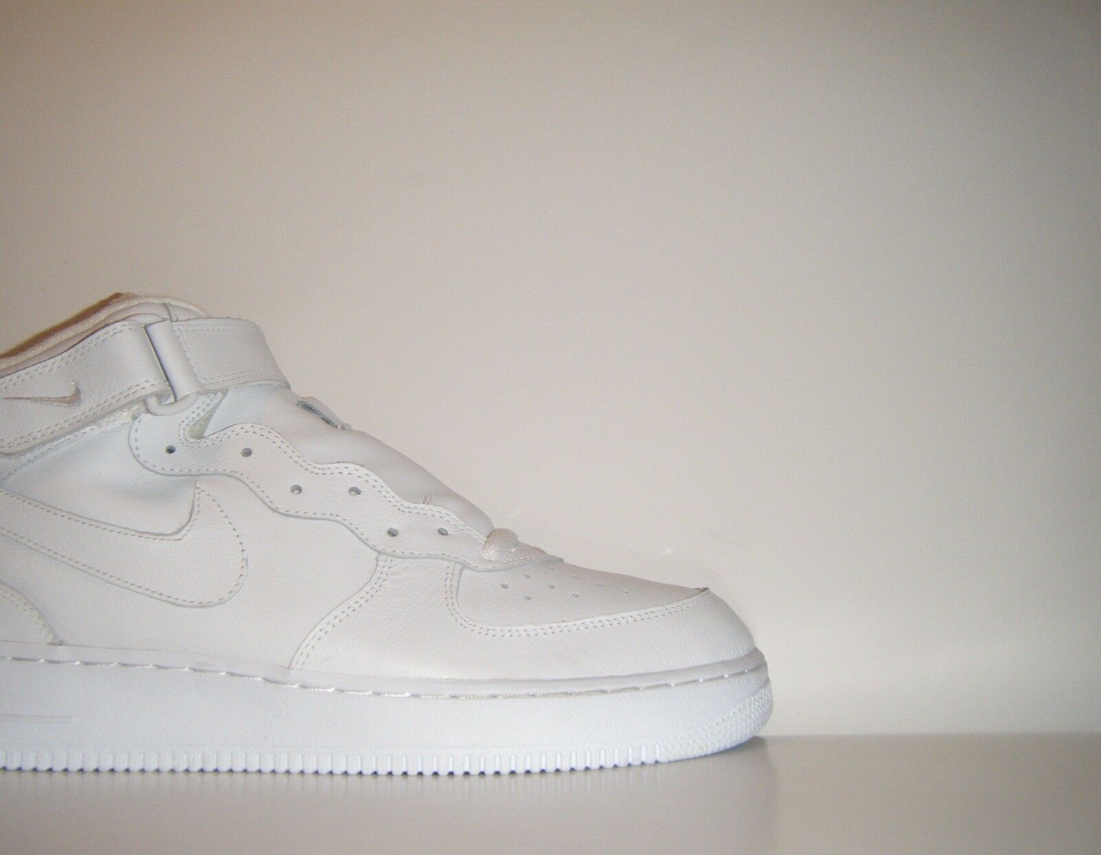 OG Vtg 2018 Nike Air Force 1 Mid ALL WHITE QS Sz. 14 SP RARE Sample 624039-117 Comfortable and good-looking