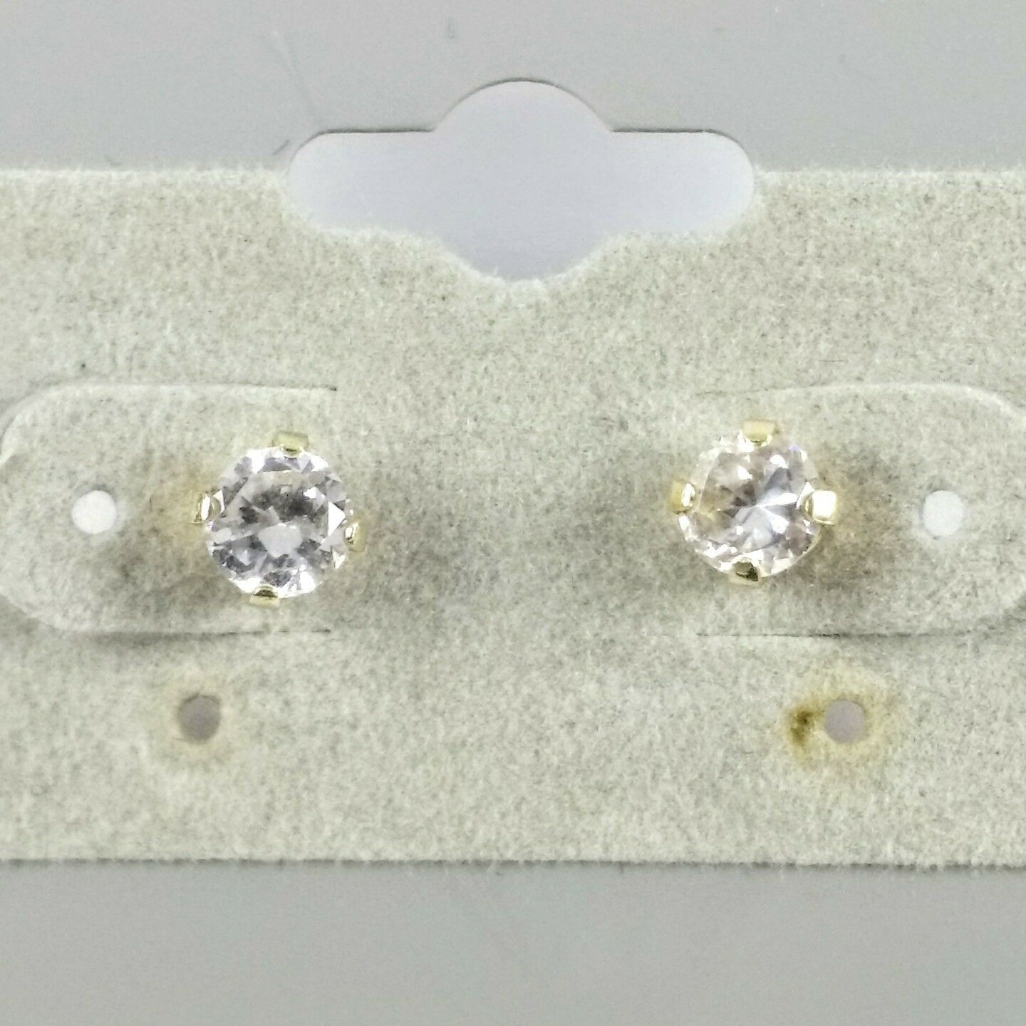 Estate 14K Yellow gold 4mm Sparkling Clear Stone Stud Post Earrings