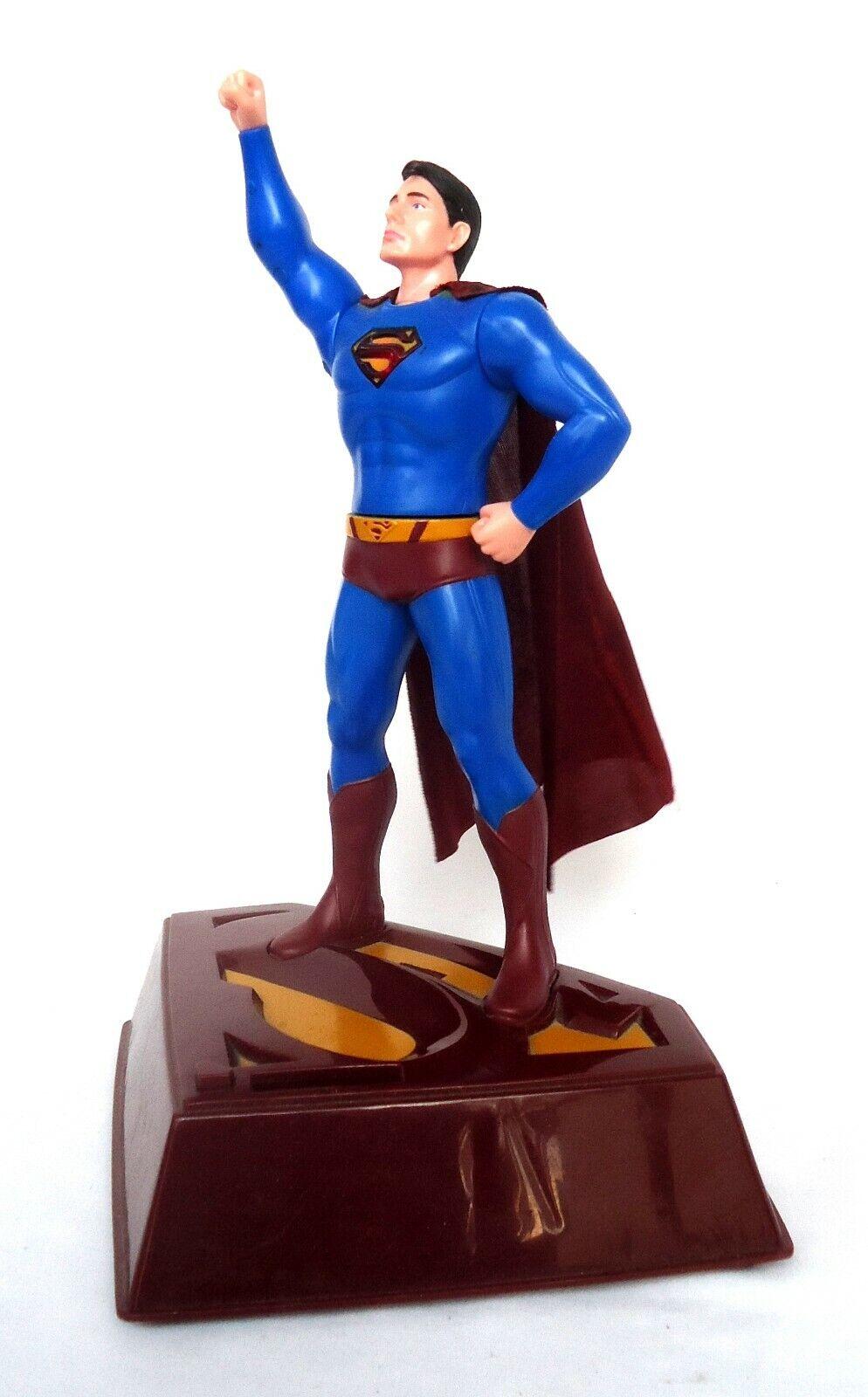 DC Superuomo Returns Electronic Talre  Bank-Voice cape azione & light-up effects  controlla il più economico