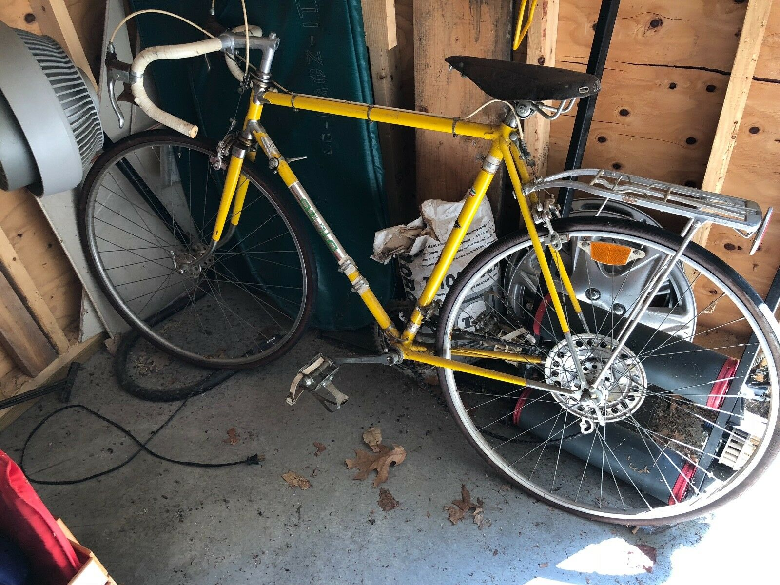 Vintage Atala and mens bikes. Very clean, they have been in a garage.