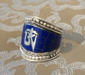 Wunderschöner Silber Herren- RING aus TIBET Lapislazuli & Om 19-23mm Innenmaß