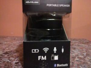 soundlogic light-up rechargeable wireless bluetooth speaker
