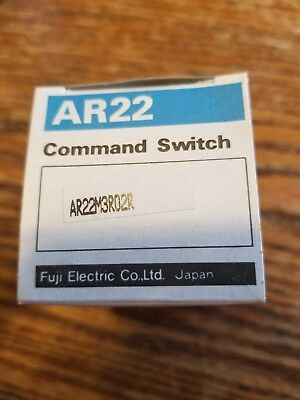 BOX OF 20 *NEW* FUJI AR22G2R BLACK COMMAND SWITCHES