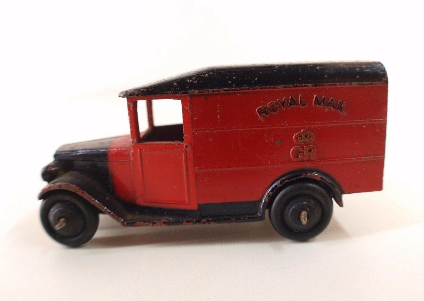 Dinky Toys GB n° 34B fourgon postal  ROYAL Mail version peu fréquente