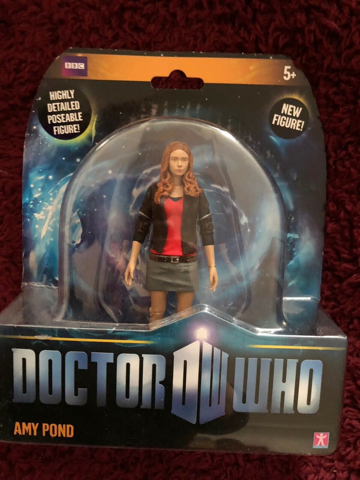 Doctor who  Amy Pond with Blau skirt Five Inch  figure  set