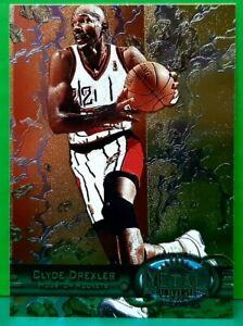 Clyde Drexler regular card 1997-98 Metal Universe #93