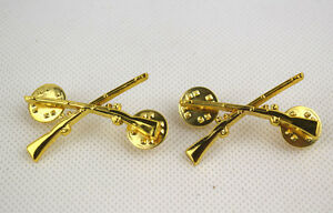 A PAIR WW2 US ARMY MILITARY INFANTRY OFFICER UNIFORM COLLAR BADGE INSIGNIA