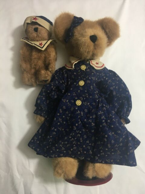 "Boyds Bears Doll//Stuff Animal Stand 10/""-12/"""