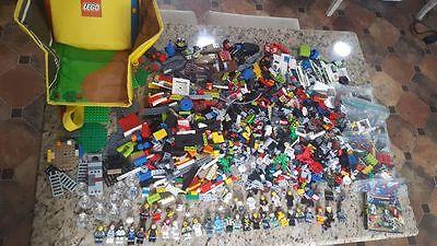 HUGE 6lb LEGO LOT~Zip It Storage/Map~32 Mini Figures~Superhero