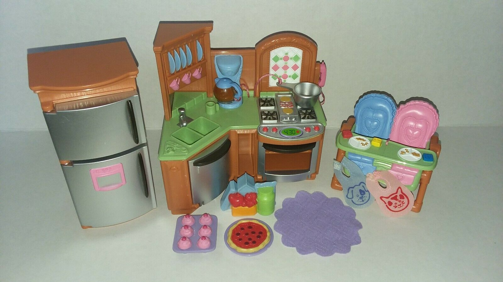 Loving Family Kitchen Fisher Price Nemlno5365 Dollhouses Railroads