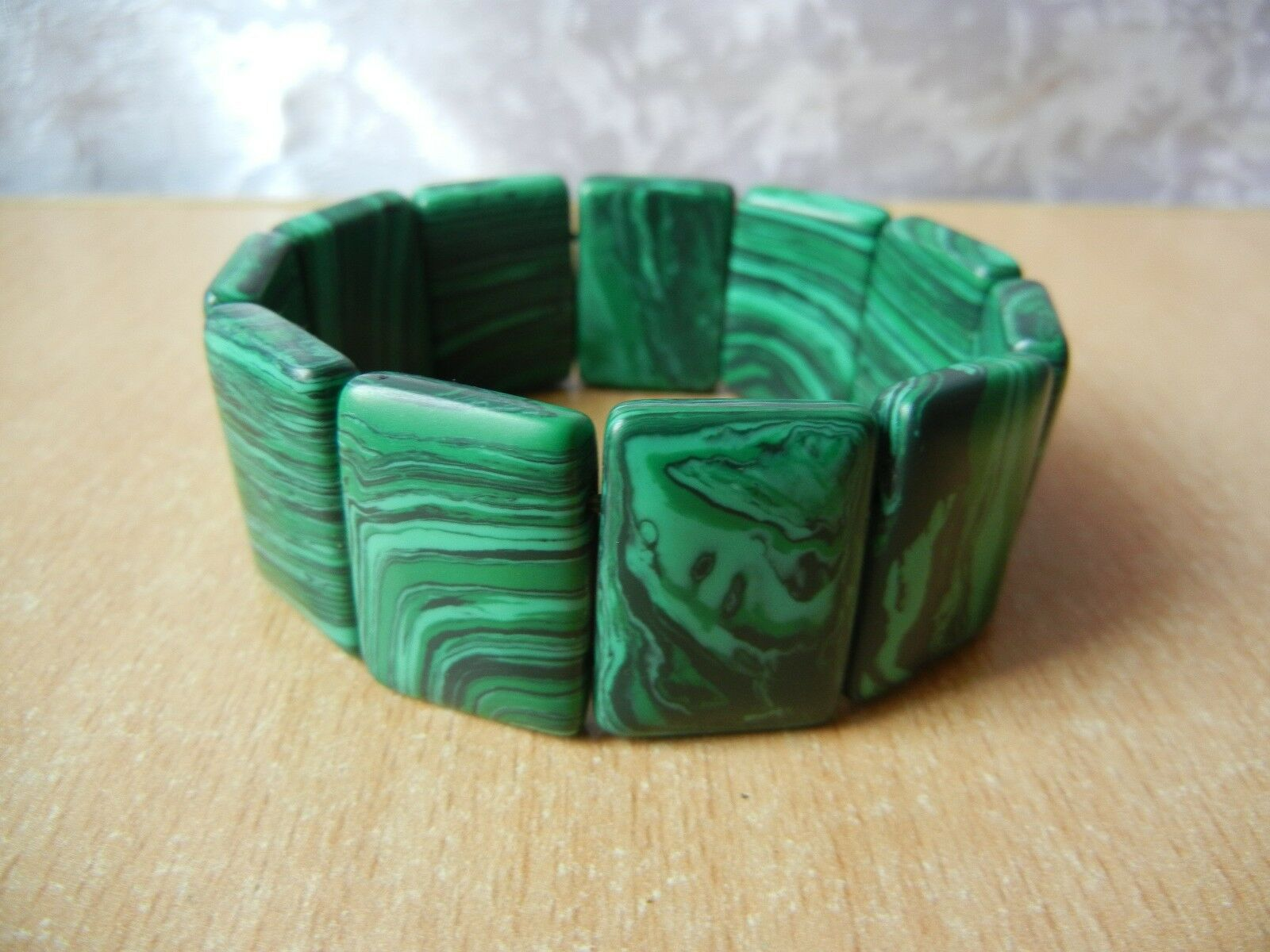 Vintage bracelet Modern green stone Wonderful