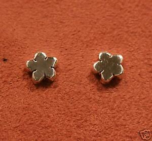 Earrings-925-Cute-Silver-Flower-Stud-Jewellery-Gift-Ladies-Stocking-Filler