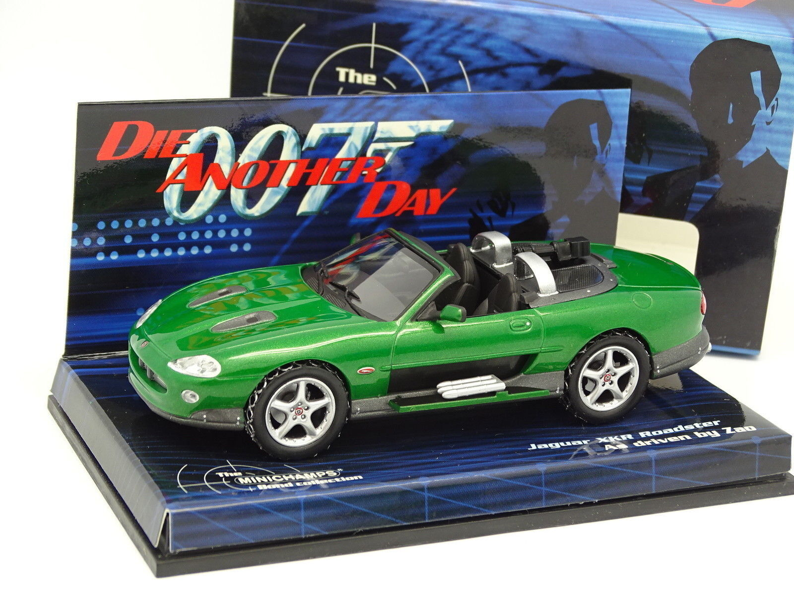 Minichamps 1 43 - Jaguar XKR Roadster 007 Bond