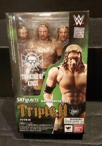 S.H NEW IN BOX Figuarts TRIPLE H WWE Superstar Series Bandai Figure