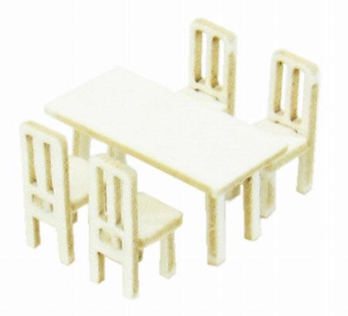 Sankei MP04-82 Table & Chair A 1/150 N scale