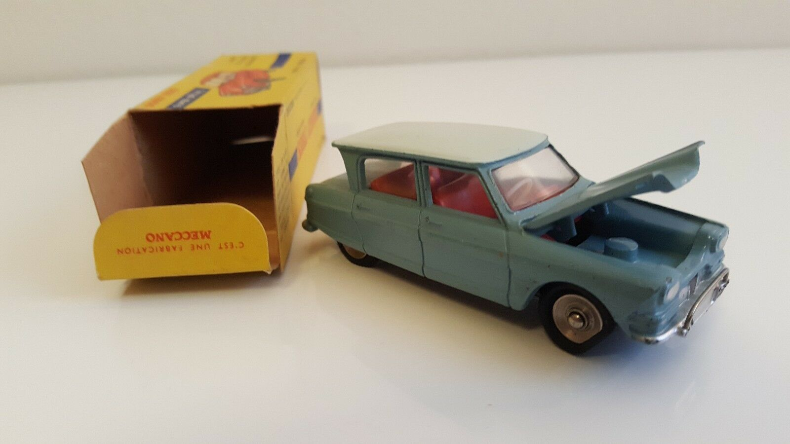 Dinky toys - 557-citroen ami 6 in original box n mib (dtf, not atlas)